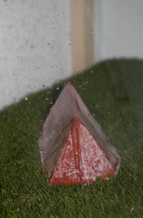 ... regnet auf ein einsames Zelt